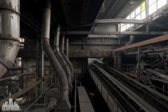 deadinside, urbex, dead inside, natalia sobanska, abandoned factory, Fabryka łąćzników, radomskie łączniki, opuszczone (9 of 29)