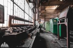 deadinside, urbex, dead inside, natalia sobanska, abandoned poland, Fabryka łączników Radom, radomskie łączniki, Abandoned factory, Metal Connector factory (35 of 77)