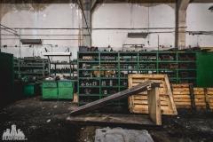 deadinside, urbex, dead inside, natalia sobanska, abandoned poland, Fabryka łączników Radom, radomskie łączniki, Abandoned factory, Metal Connector factory (36 of 77)