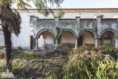 deadinside, urbex, dead inside, natalia sobanska, abandoned, abandoned farm Portugal (5 of 6)