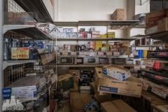 deadinside, urbex, exclusion zone, japan, dead inside, natalia sobanska, abandoned,fukushima exclusione zone,fukushima, supermarket (9 of 15)