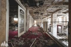 deadinside, urbex, dead inside, natalia sobanska, abandoned, abandoned hotel, gluck Kingdom, abandoned Japan, haikyo,  (14 of 71)