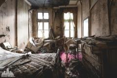 deadinside, urbex, dead inside, natalia sobanska, abandoned, abandoned hotel, gluck Kingdom, abandoned Japan, haikyo,  (17 of 71)