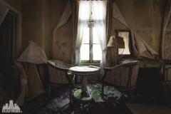deadinside, urbex, dead inside, natalia sobanska, abandoned, abandoned hotel, gluck Kingdom, abandoned Japan, haikyo,  (21 of 71)