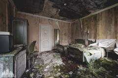 deadinside, urbex, dead inside, natalia sobanska, abandoned, abandoned hotel, gluck Kingdom, abandoned Japan, haikyo,  (24 of 71)