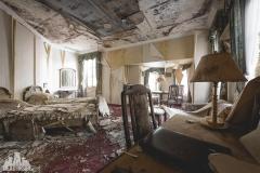 deadinside, urbex, dead inside, natalia sobanska, abandoned, abandoned hotel, gluck Kingdom, abandoned Japan, haikyo,  (28 of 71)