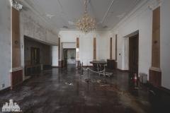 deadinside, urbex, dead inside, natalia sobanska, abandoned, abandoned hotel, gluck Kingdom, abandoned Japan, haikyo,  (39 of 71)