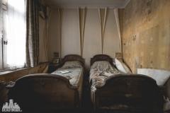 deadinside, urbex, dead inside, natalia sobanska, abandoned, abandoned hotel, gluck Kingdom, abandoned Japan, haikyo,  (4 of 71)