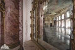 deadinside, urbex, dead inside, natalia sobanska, abandoned, abandoned hotel, gluck Kingdom, abandoned Japan, haikyo,  (43 of 71)