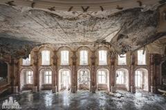 deadinside, urbex, dead inside, natalia sobanska, abandoned, abandoned hotel, gluck Kingdom, abandoned Japan, haikyo,  (49 of 71)