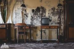 deadinside, urbex, dead inside, natalia sobanska, abandoned, abandoned hotel, gluck Kingdom, abandoned Japan, haikyo,  (57 of 71)