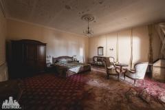 deadinside, urbex, dead inside, natalia sobanska, abandoned, abandoned hotel, gluck Kingdom, abandoned Japan, haikyo,  (58 of 71)