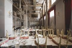 deadinside, urbex, dead inside, natalia sobanska, abandoned, abandoned hotel, gluck Kingdom, abandoned Japan, haikyo,  (66 of 71)