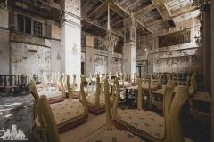 deadinside, urbex, dead inside, natalia sobanska, abandoned, abandoned hotel, gluck Kingdom, abandoned Japan, haikyo,  (69 of 71)