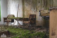 deadinside-urbex-dead-inside-natalia-sobanska-abandoned-hotel-Germany-8-of-10
