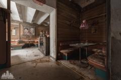 deadinside-urbex-dead-inside-natalia-sobanska-abandoned-abandoned-gesthaus-gasthof-Austria-15-of-23