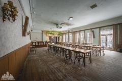 deadinside-urbex-dead-inside-natalia-sobanska-abandoned-abandoned-gesthaus-gasthof-Austria-2-of-23