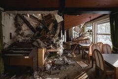 Abandoned gueast house, Germany, urbex, abandoned places, natalia sobanska,dead inside, deadinside, opuszczone miejsca (1 of 6)