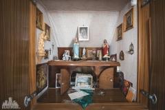 deadinside-urbex-dead-inside-natalia-sobanska-abandoned-abandoned-house-Austria-3-of-9