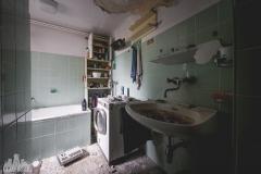 deadinside-urbex-dead-inside-natalia-sobanska-abandoned-abandoned-house-Austria-6-of-9