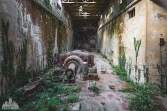 deadinside-urbex-dead-inside-natalia-sobanska-abandoned-abandoned-hydropower-plant-Italy-2-of-11
