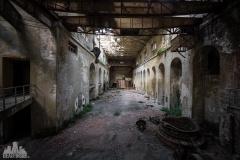 deadinside-urbex-dead-inside-natalia-sobanska-abandoned-abandoned-hydropower-plant-Italy-4-of-11