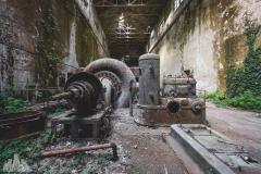 deadinside-urbex-dead-inside-natalia-sobanska-abandoned-abandoned-hydropower-plant-Italy-7-of-11