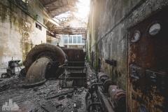 deadinside-urbex-dead-inside-natalia-sobanska-abandoned-abandoned-hydropower-plant-Italy-9-of-11