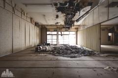 deadinside-urbex-dead-inside-natalia-sobanska-abandoned-abandoned-hotel-kappa-onsen-hotel-haikyo-Japan-12-of-23