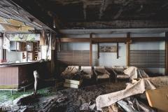 deadinside-urbex-dead-inside-natalia-sobanska-abandoned-abandoned-hotel-kappa-onsen-hotel-haikyo-Japan-6-of-23