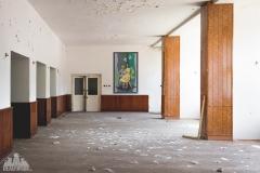 deadinside-urbex-dead-inside-natalia-sobanska-abandoned-slovakia-cinema-urbex-1-of-5