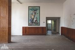 deadinside-urbex-dead-inside-natalia-sobanska-abandoned-slovakia-cinema-urbex-2-of-5