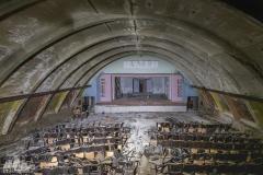 deadinside-urbex-dead-inside-natalia-sobanska-abandoned-slovakia-cinema-urbex-3-of-5