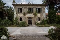 deadinside, urbex, dead inside, natalia sobanska, kupari, abandoned hotels, opuszczone hotele, zatoka umarłych hoteli (1 of 21)