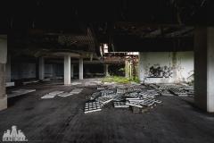 deadinside, urbex, dead inside, natalia sobanska, kupari, abandoned hotels, opuszczone hotele, zatoka umarłych hoteli (10 of 22)