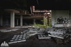 deadinside, urbex, dead inside, natalia sobanska, kupari, abandoned hotels, opuszczone hotele, zatoka umarłych hoteli (11 of 22)