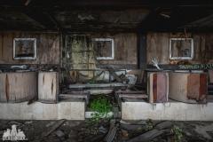 deadinside, urbex, dead inside, natalia sobanska, kupari, abandoned hotels, opuszczone hotele, zatoka umarłych hoteli (14 of 22)