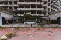 deadinside, urbex, dead inside, natalia sobanska, kupari, abandoned hotels, opuszczone hotele, zatoka umarłych hoteli (17 of 21)