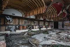 deadinside, urbex, dead inside, natalia sobanska, kupari, abandoned hotels, opuszczone hotele, zatoka umarłych hoteli (17 of 22)