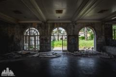 deadinside, urbex, dead inside, natalia sobanska, kupari, abandoned hotels, opuszczone hotele, zatoka umarłych hoteli (2 of 22)