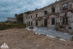 deadinside, urbex, dead inside, natalia sobanska, kupari, abandoned hotels, opuszczone hotele, zatoka umarłych hoteli (5 of 21)