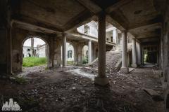 deadinside, urbex, dead inside, natalia sobanska, kupari, abandoned hotels, opuszczone hotele, zatoka umarłych hoteli (6 of 22)