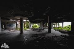 deadinside, urbex, dead inside, natalia sobanska, kupari, abandoned hotels, opuszczone hotele, zatoka umarłych hoteli (7 of 22)