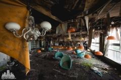 urbex-abandoned-places-deadinside-urbex-dead-inside-natalia-sobanska-opuszczone-miejsca-haikyo-ruins-abandoned-japan-kuroshio-hotel-11