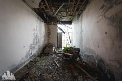 urbex-abandoned-places-deadinside-urbex-dead-inside-natalia-sobanska-opuszczone-miejsca-haikyo-ruins-abandoned-japan-kuroshio-hotel-12