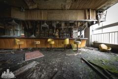 urbex-abandoned-places-deadinside-urbex-dead-inside-natalia-sobanska-opuszczone-miejsca-haikyo-ruins-abandoned-japan-kuroshio-hotel-5