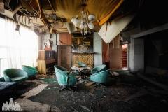 urbex-abandoned-places-deadinside-urbex-dead-inside-natalia-sobanska-opuszczone-miejsca-haikyo-ruins-abandoned-japan-kuroshio-hotel-9
