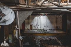 urbex-abandoned-places-deadinside-urbex-dead-inside-natalia-sobanska-opuszczone-miejsca-haikyo-ruins-taiwan-theater-21