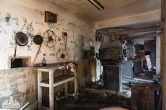 urbex-abandoned-places-deadinside-urbex-dead-inside-natalia-sobanska-opuszczone-miejsca-haikyo-ruins-taiwan-theater-24