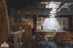 urbex-abandoned-places-deadinside-urbex-dead-inside-natalia-sobanska-opuszczone-miejsca-haikyo-ruins-taiwan-theater-27